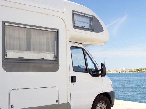 carrozzeria-bianco-modifiche-camper